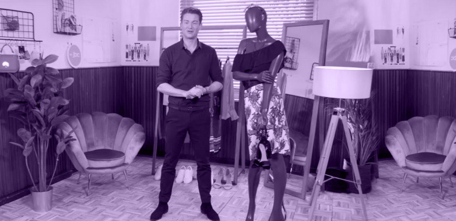 Jani Kazaltzis keert terug met nieuwe fashionista's die shoppen tot ze droppen. Episode 1