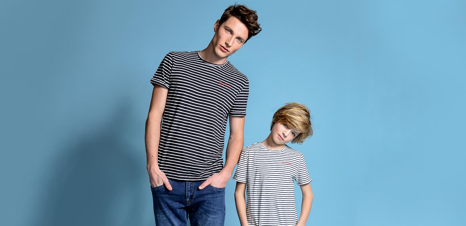Chemise, polo ou t-shirt ? Chaque (petit) homme y trouvera son bonheur.  Découvrez nos nouvelles collections assorties.