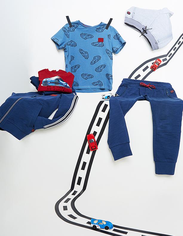 Beestige shirts voor jongens met zomerkriebels.