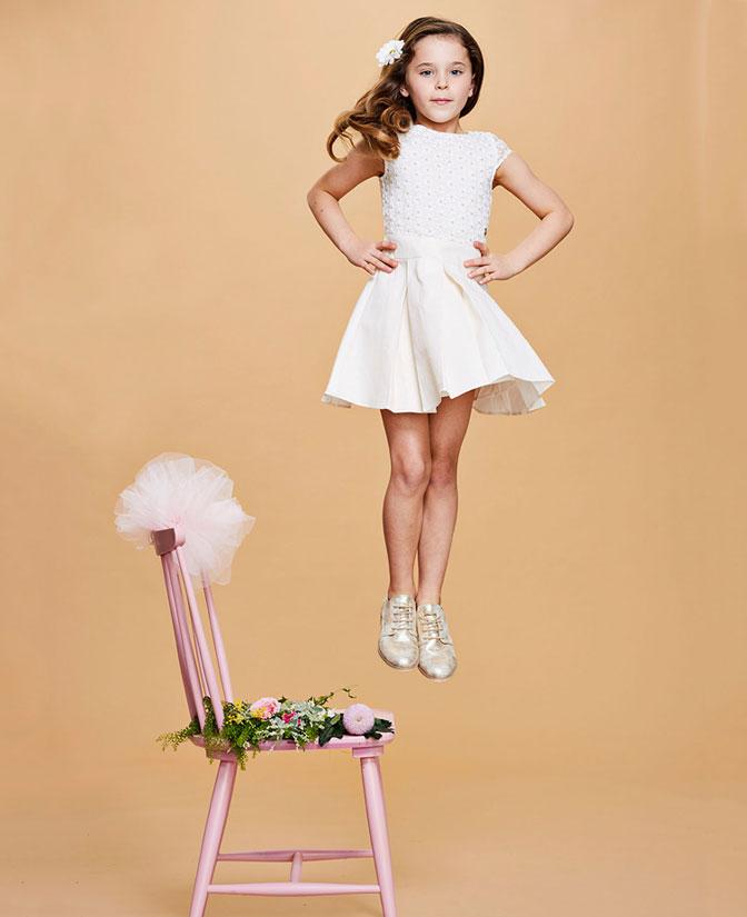 JCommunie collectie meisjes: Jurk met borduursel en glitterprint