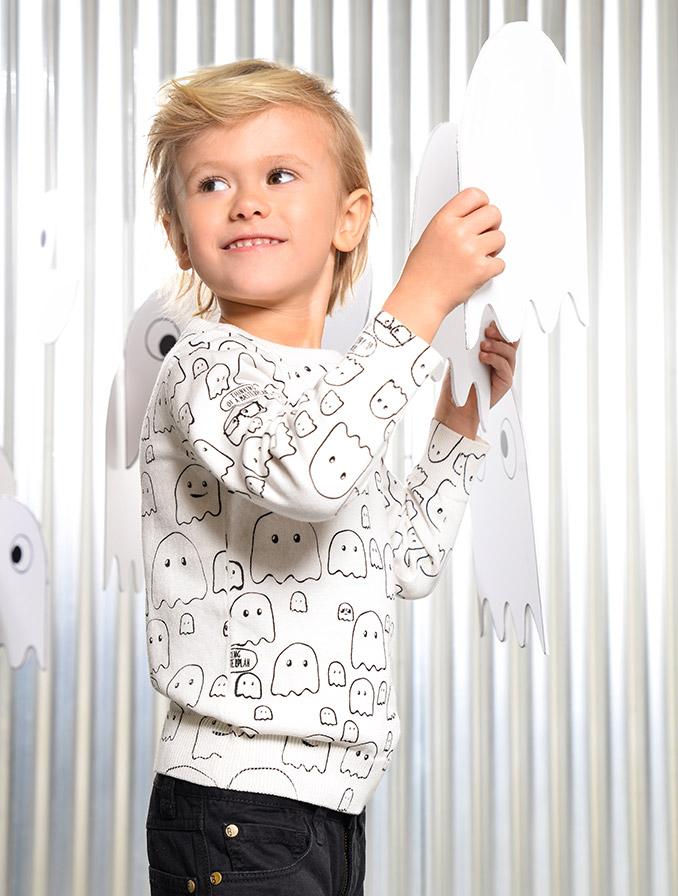 Conseils de lavage pour les vêtements blancs des enfants