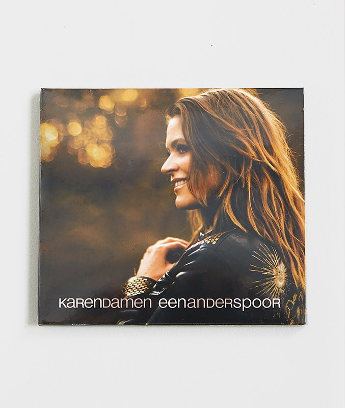 Karen eerste solo cd, een ander spoor!