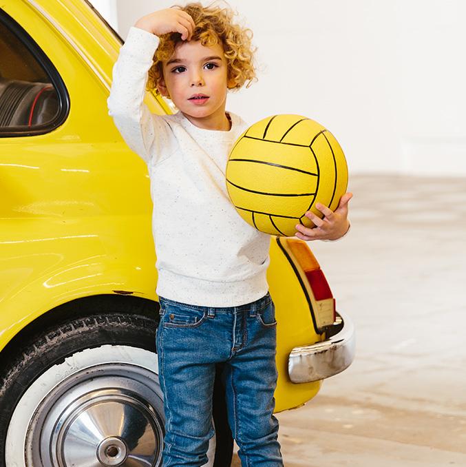Collectie jongens: in deze basics kan je kleine ravotter makkelijk bewegen.