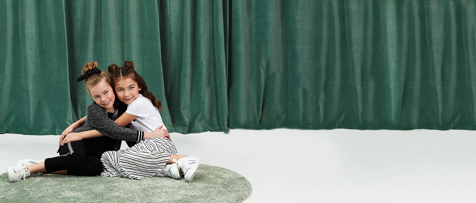 Communion et fête Laïque collection 2019 pour filles
