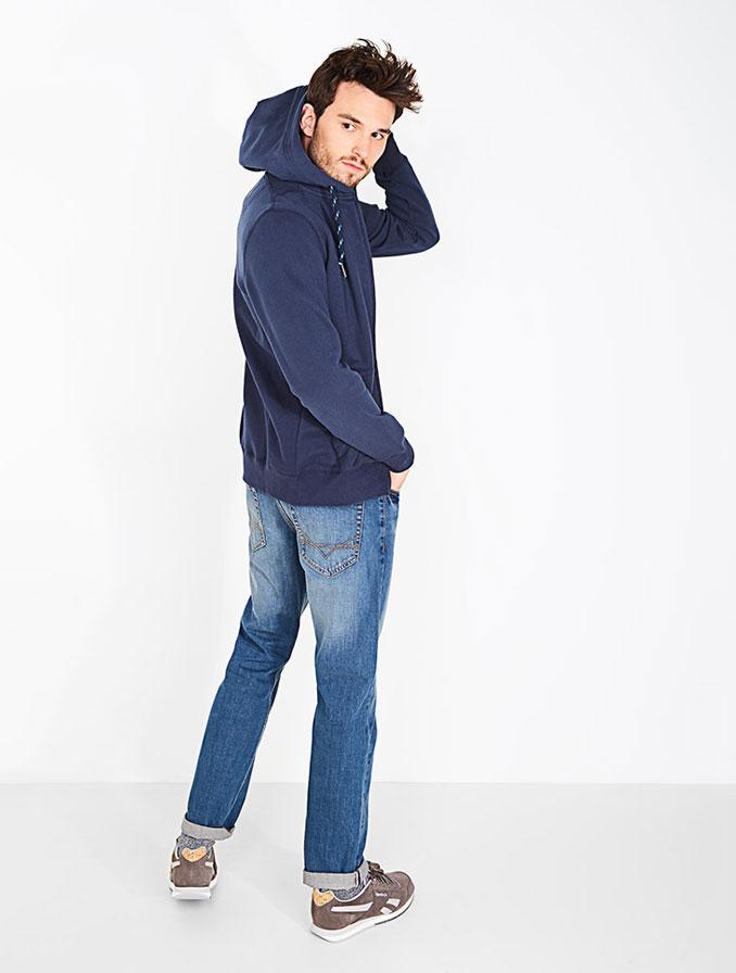 Regular fit voor heren: als je een basic jeans zoekt, zit je goed met de regular.