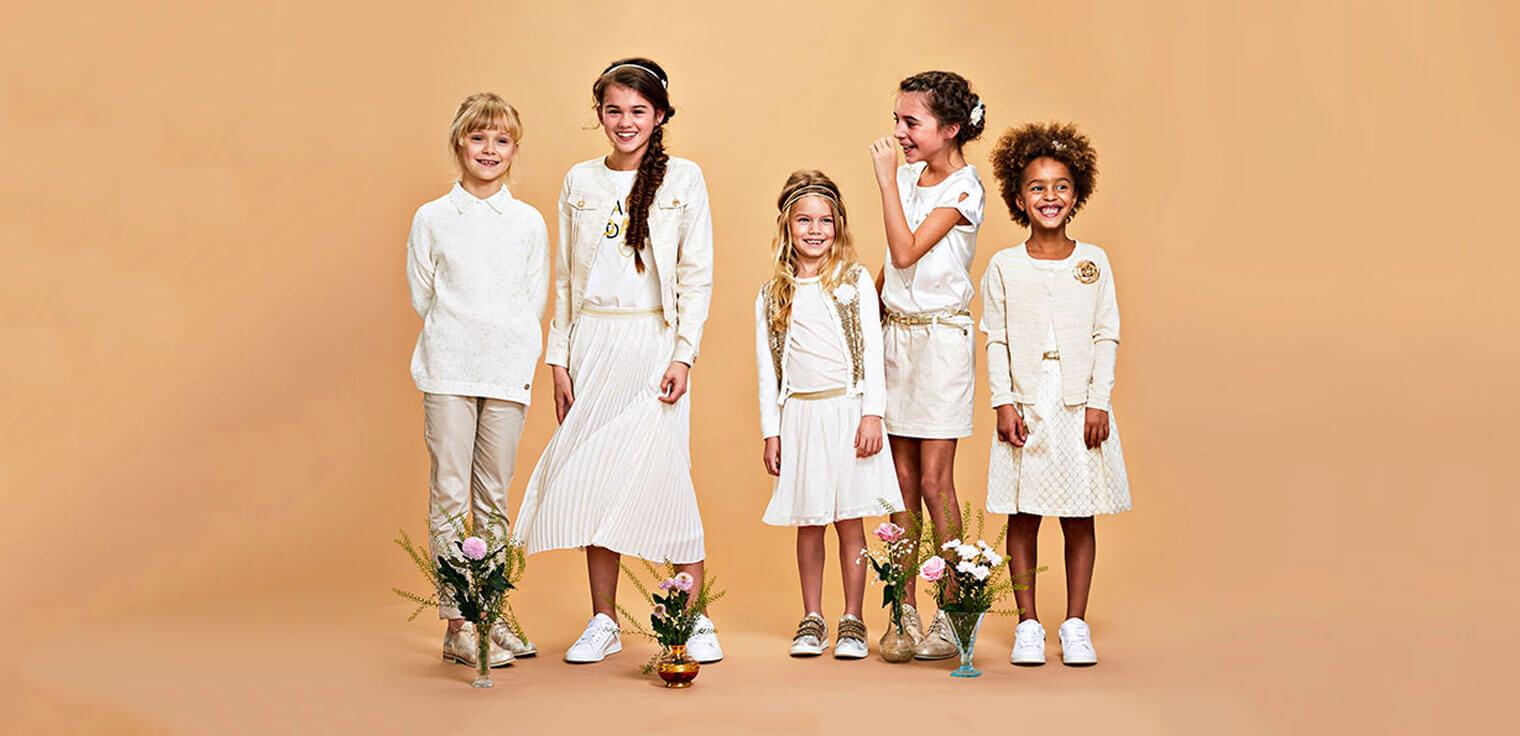 Laat je inspireren door onze feestelijke outfits voor je kleine meid.