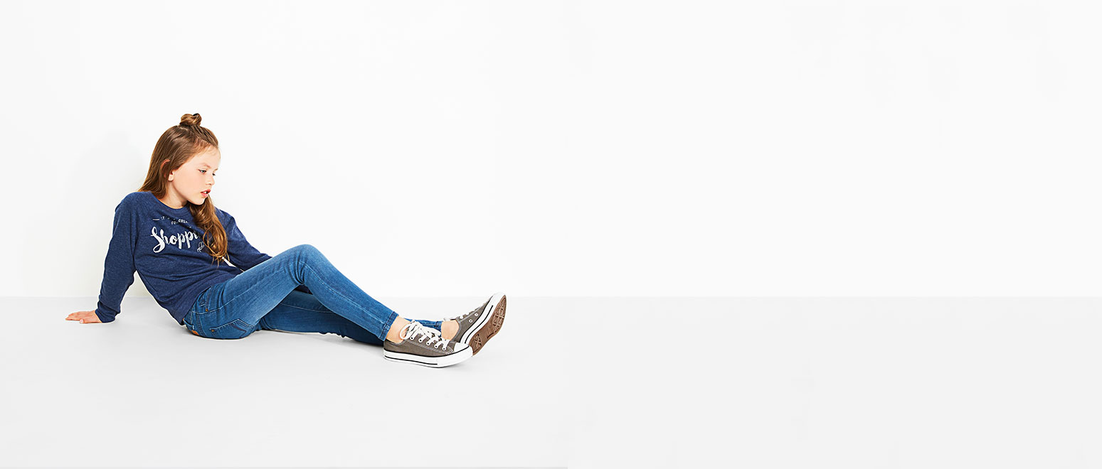 Jeansfits voor meisjes: skinny, straight fit en jegging.